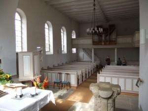 Kirche innen 1